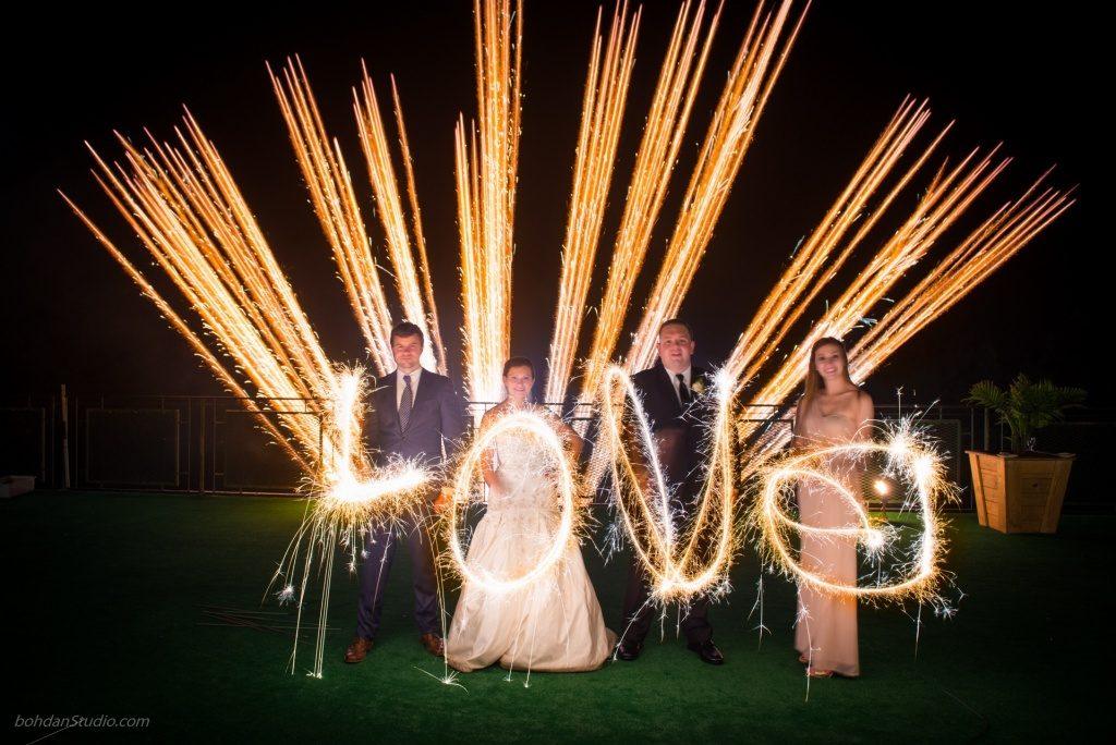 از چه لوازم آتش بازی در مراسم عروسی استفاده بکنیم؟